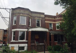 518 N Troy St Chicago, IL 60612