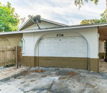 5736 5th St E Unit B Bradenton, FL 34203
