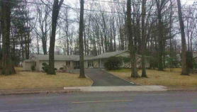 8 Spring Hill Dr West Orange, NJ 07052