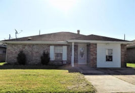 2732 WILLIAMSBURG DR La Place, LA 70068