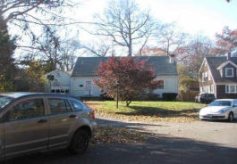 113 S WOODLAND DR Milford, CT 06460