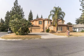 4968 WEST PINEDALE AVE Fresno, CA 93722