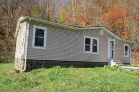 211 Mountain Rd Richlands, VA 24641