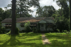 301 Oakland Dr Natchez, MS 39120