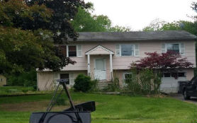 10 Sean Dr Hopewell Junction, NY 12533