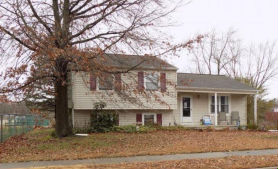 19 MARY ELLEN LN Sicklerville, NJ 08081