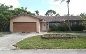 7511 NW 42nd Dr Coral Springs, FL 33065