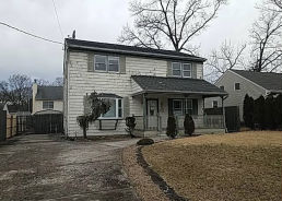 211 Marom Dr Toms River, NJ 08753
