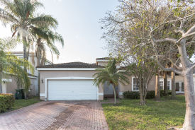 4064 Nw 62 Ct Coconut Creek, FL 33073