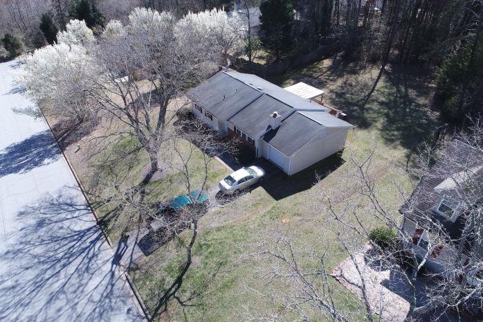 Single Family auction Spartanburg, SC - 170-SALEM-ST