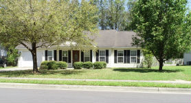 106 DERBY PARK AVE New Bern, NC 28562