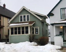 1548 S 72nd St West Allis, WI 53214