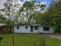 4019 Leroy St Moss Point, MS 39563
