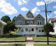 193-195 BROWN AVE Halyoke, MA 01040