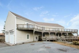 40 Salt Marsh Ln West Yarmouth, MA 02673