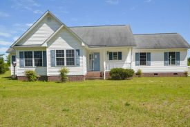 199 Deer Run Ln Autryville, NC 28318