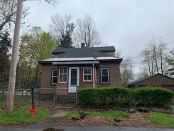 2 Hoover St Leominster, MA 01453
