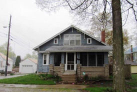 214 W 11th St Rochester, IN 46975