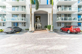 5091 NW 7th St Unit 401 Miami, FL 33126