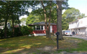 235 W END AVE Shirley, NY 11967