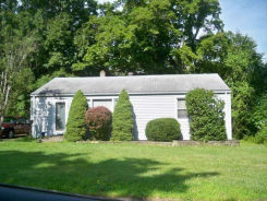 17 SPENCER DR Middletown, CT 06457