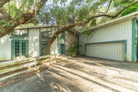 2212 Shadow Wood Lane Sarasota, FL 34240
