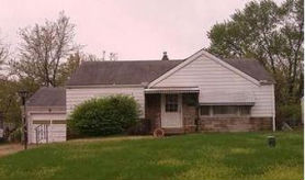 2422 SHARIDGE DR Saint Louis, MO 63136