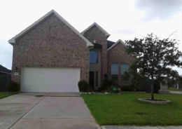 2102 ROLLING HILLS DR Pearland, TX 77581