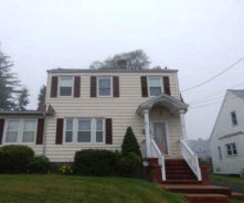 33 MAGNOLIA AVE West Haven, CT 06516