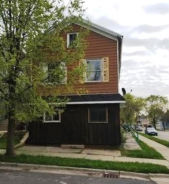 2366 S 10th St Milwaukee, WI 53215
