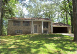 4209 UNIVERSITY AVE Laurel, MS 39440
