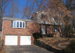 631 BERWICK CT Pittsburgh, PA 15237