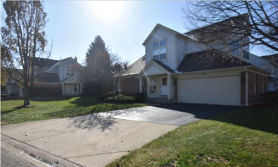 52 IONE DR South Elgin, IL 60177