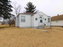 2407 AVE E Fort Madison, IA 52627