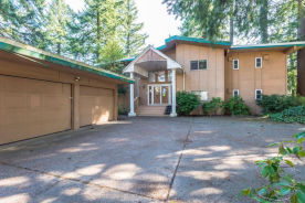 9931 Se Eastmont Dr Damascus, OR 97080